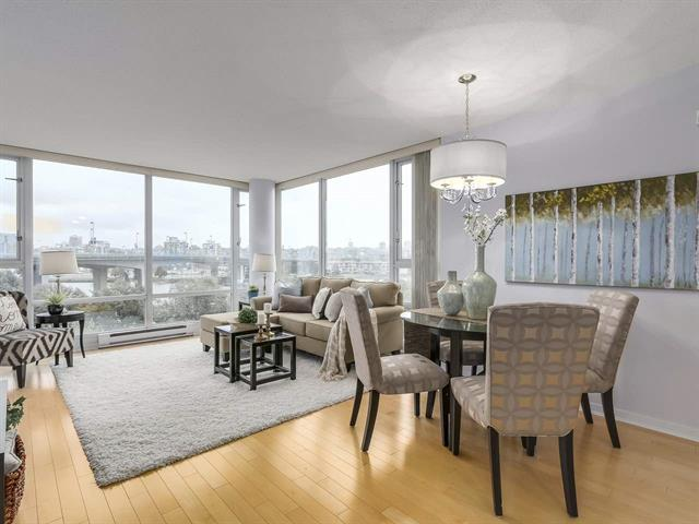 605-1033 Marinaside Crescent Vancouver B.C. V6Z 3A3 - Yaletown Apartment/Condo for sale, 2 Bedrooms (R2213269) #2